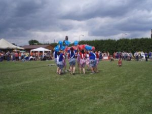150-tanecni-skupina-poupata