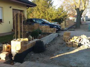 005 Stavba plotu pohledová část